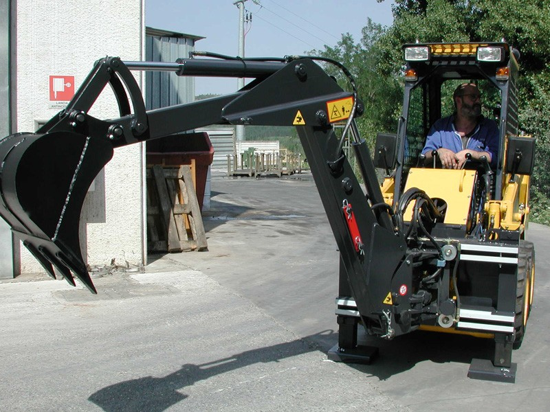 Industrial Backhoe for tractors, skid steer and compact